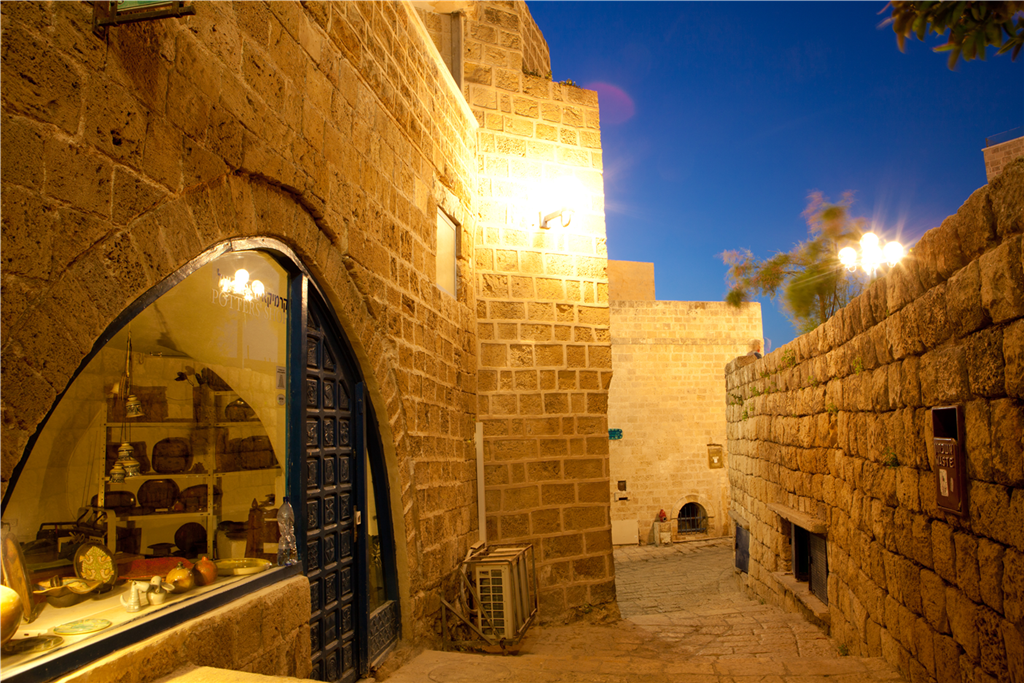 2356_ Alley in Old Jaffa_norm